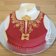 Bunadskake - Hjemmebakt på Auli Scandi Style, Norway, Cake, Desserts, Food, Instagram, Bakery Business, Pastry Chef, Pie Cake