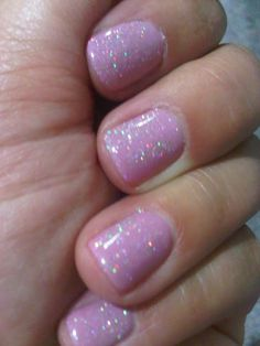 its a lily with silver sand over top gelish