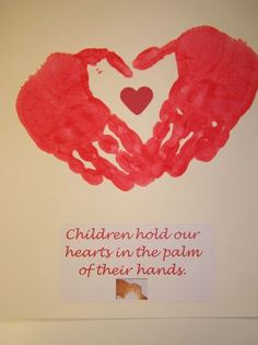 Artistic31Mama: Valentine's Day Crafts and Ideas