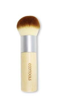 Create a natural-looking, sun-kissed glow with this beauty editor favorite! Our widely-acclaimed bronzer brush features soft, cruelty-free taklon bristles, a recycled aluminum ferrule and heavy bamboo handle.This brush is packaged in our zip-top, reusable pouch.Item