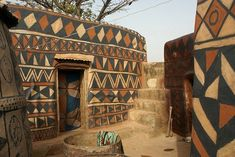 Arquitectura africana de tierra decorada. Tiebele . Burkina faso