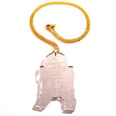 R2-D2 shaped pendant, fashioned from 3mm silver mirror laser-cut acrylic, with engraved details. Measures approximately 35mm x 60mm.On a 46cm gold plated curb chain. Nickel and lead free.