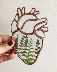 handmade copper heart with plants Tiffany Stained Glass, Stained Glass Tattoo, Anatomical Heart, Rustic Feel, Recycled Glass, Cool Items, Ferns, Repurposed, Glass Art