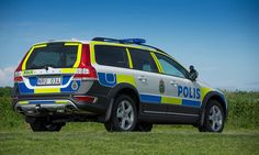 Volvo improves police-spec XC70 wagon