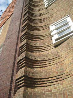 Michel de Klerk - Henriette Ronnerplein, Housing, by roryrory Brick Architecture, Beautiful Architecture, Architecture Details, Art Nouveau, Art Deco, Harlem Renaissance, Brick Crafts, Bauhaus, Amsterdam School