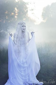 How is witchcraft portrayed in Photography?