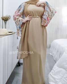 Hijab Fashion Summer, Modest Fashion Hijab, Abaya Fashion, Fashion Dresses, Prom Dresses Long With Sleeves, Modest Dresses, Stylish Dresses, Kaftan Designs, Moslem Fashion