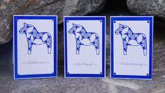 Mitt Lille Papirverksted: Enkle Julekort i Blått Mittens, Christmas Cards, Cover, Books, Fingerless Mitts, Christmas E Cards, Libros, Xmas Cards, Book