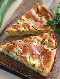 zucchini tart from Romania Zucchini Tart, Zucchini Cheese, Romania Food, Baby Food Recipes, Cooking Recipes, Vegetarian Recipes, Healthy Recipes, Good Food, Yummy Food