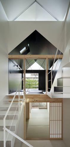 菊川の住宅 by SALHAUS