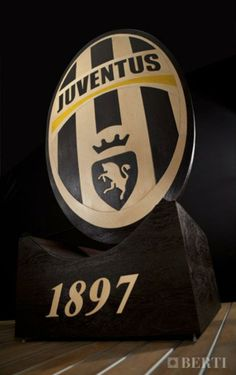 Berti Juventus celebrates Italian Champion!