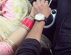 Punjabi Couple, Punjabi Bride, Punjabi Chura, Cute Couples Photography, Wedding Photography Poses, Pre Wedding Poses, Wedding Couples, Couple Posing, Couple Shoot