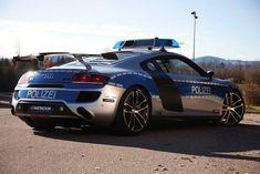 les 10 voitures de police les plus rapides du monde audi r8 gtr   Les 10 voitures de police les plus rapides du monde   voiture vitesse spyk...