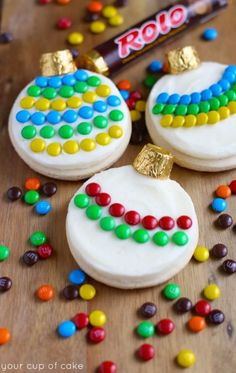 Adorable Ornament Sugar Cookies made with M&Ms and Rolos! Perfect for Christmas Sugar Cookie decorating parties!