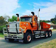 Mack Superliner custom down under Peterbilt 359, Kenworth Trucks, Mack Trucks, Big Rig Trucks, New Trucks, Cool Trucks, Rolling Coal, Train Truck, Road Train