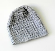 free knitting pattern men's hat needle 3mm-3.5mm and 100-320m yarn