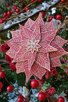Poinsettia paper craft