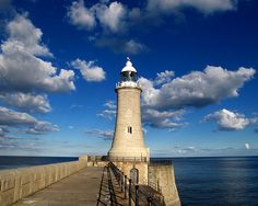 North Pier Lighthouse, Newcastle Upon Tyne, England