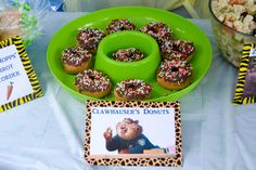 Zootopia Birthday Party Food Ideas - Clawhauser's Donuts  #Zootopia