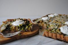 http://www.thegreenblossomkitchen.com/home/a-second-chance-for-sprouts  #brusselsprouts #vegetarian #thanksgiving #ricotta #roastedgarlic #deliciousfood #tart #savorytart