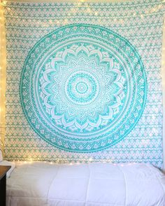 Spread out your tapestry for a refreshing springtime picnic, relax on a lazy beach holiday, or add a burst of light to your home's design. With richly-woven colors and enchanting designs, The Bohemian Diy Home Decor Rustic, Handmade Home Decor, Unique Home Decor, Cheap Home Decor, Diy Room Decor, Bedroom Decor, Bedroom Ideas, Room Decorations, Bedroom Images