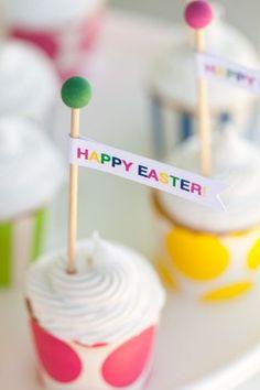 Free Printable Easter Cupcake Flags :: The TomKat Studio for HGTV http://www.thetomkatstudio.com/eastercupcakeflags/ #easter