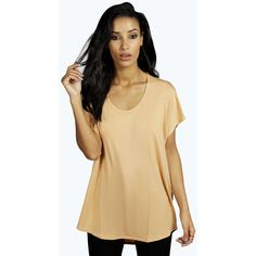 Boohoo Basics Jasmin Basic Oversized Tee ($14) ❤ liked on Polyvore featuring tops, t-shirts, camel, short sleeve tops, camel t shirt, brown jersey, oversized tee and oversized jersey tee