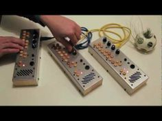 ▶ Making More Sound - Chaining Pocket Piano MIDIs Together - Critter & Guitari - YouTube