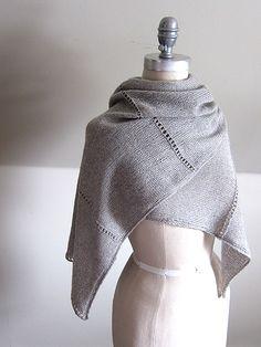 Etole ajourée - Ravelry : Aisé pattern by Espace Tricot
