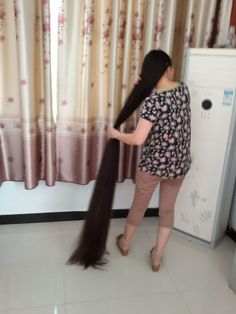 xinyu has almost 2 meters super long hair - [ChinaLongHair.com]