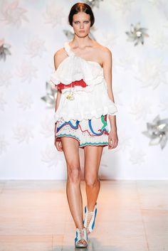 Tsumori Chisato Spring 2015 Ready-to-Wear Fashion Show