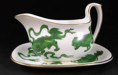Wedgwood CHINESE TIGERS GREEN Gravy Boat and Underplate R4501 GREAT CONDITION #WEDGWOOD