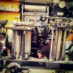 Proud of our machine! #sinnercats #retro #τυπογραφείο  #heidelberg #letterpress #die-cut #heidelberggtp #προσκλητηρια