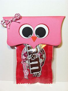"""Make this cute Owl Valentine from Jesus to the children as a gift - with a tag that says """"Owl always be your friend"""".""""Owl always be your Valentine"""".""""Owl always love you"""" And you can also use red paper for boys. Valentines Day Treats, Valentine Day Love, Valentine Day Crafts, Funny Valentine, Holiday Crafts, Kids Valentines, Happy Hearts Day, Little Presents, In Kindergarten"""