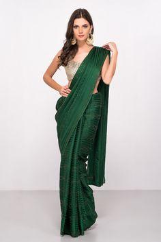Bottle Green Saree With Sequin Saree Draping Styles, Saree Styles, Saree Blouse Patterns, Saree Blouse Designs, Bottle Green Saree, Indische Sarees, Saree Jackets, Satin Saree, Sari Dress