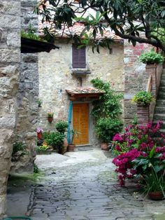 Image detail for -picturesque the is the birthplace of amerigo vespucci his doorway