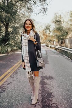 lauren sims 36 weeks pregnant Sims Pregnant, 36 Weeks Pregnant, Mom Outfits, Toddler Outfits, Winter Outfits, Baby Girl Fashion, Toddler Fashion, Lauren Kay Sims, Classy And Fabulous