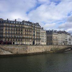6 iconic neighbourhoods Parisians love to hang out at  http://townske.com/guide/12926/enjoy-paris-like-a-true-parisian