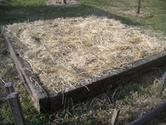 Make a no-dig garden bed in less than 2 hours.  And its Australian!