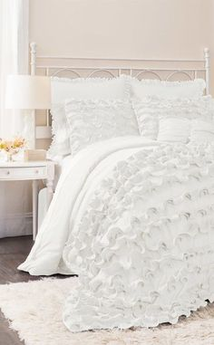 7-Piece Avery Comforter Set in White