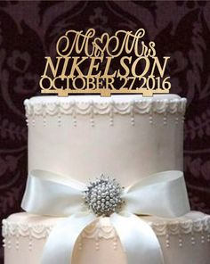 Personalized Mr and Mrs Wedding Cake Topper with YOUR Last Name and Wedding Date, Custom Cake Topper, Rustic monogram wedding cake topper,