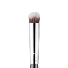 "Sigma P82 - Precision Round Brush - For ""fingertip-like"" application of eyeshadow primer on the lid"