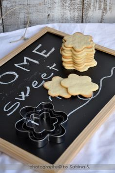 Due bionde in cucina: Biscotti con farina di riso Gingerbread Cookies, Cooking, Desserts, Food, Gingerbread Cupcakes, Kitchen, Tailgate Desserts, Deserts, Essen