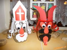 Objevila jsem ve školce, chystám se dělat s dětmi, postup není potřeba popisovat, je to vidět z foto... Paper Roll Crafts, Diy And Crafts, Crafts For Kids, Saint Nicolas, Christmas Decorations, Christmas Ornaments, Holiday Decor, Winter Art, Working With Children