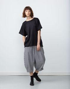 Chiba-Top-Black-Meiko-Pant