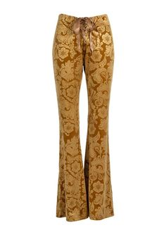 Show off those legs in these essential, retro-chic velvet flares that flatter any ensemble. The pants are made out of a lush mustard yellow velvet fabric that has a beautiful subtle paisley boho inspired burnout pattern. Shop now! 70s Outfits, Sweater Outfits, Casual Outfits, Fashion Outfits, Bell Bottom Pants, Bell Bottoms, Tie Dye Tops, Velvet Pants, Boho Pants