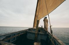 Photo @jodymacdonaldphoto // The Imraguen fishermen that live within Banc D'Arguin Parc in #Mauritania have maintained age-old lifestyles based almost exclusively on harvesting migratory fish populations using old traditional sailboats like the one pictured here. They still use techniques unchanged since first recorded by 15th century Portuguese explorers. Amazing! When I spend time with unique cultures and people like the Imraguen I learn a lot about the value of living simply. A lesson…