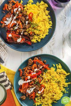 Recept voor gevulde paprika met lamsgehakt / midden oosters / veel groenten / ottolenghi #hellofresh #maaltijdbox #recept #recepten #avondmaal #lekker #tasty #best #recipe Otto Lenghi, Tapas, Hello Fresh Recipes, Paella, Eat, Healthy, Ethnic Recipes, Drinks, Food