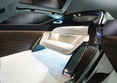 The Rolls-Royce 103EX is Autonomous Luxury - Design Milk