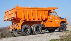 GALERIE: Tatra Hvězda stavenišť i pískovišť ve velké galerii Dump Trucks, Tow Truck, Cool Trucks, Hydraulic Ram, Car Ins, Czech Republic, Motor Car, Cars And Motorcycles, Automobile
